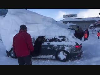 Когда опаздываешь но решил что сдует по пути) / сноуборд | snowboard