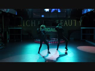 Hip-hop. Дуэт. Червякова Ксения и Борзенко Елена. Тренер Влад Бабин. Студия танцев TRANCE-DANCE.