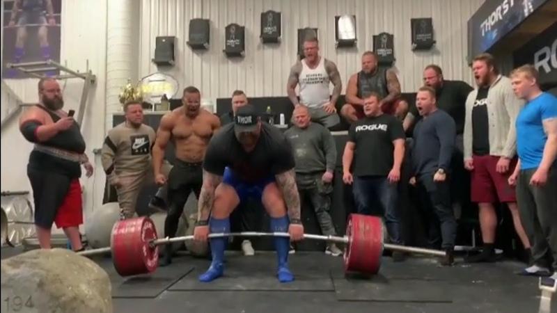 Hafthor Bjorrnsson aka The Mountain pulling a massive 1042lbs473kg DEADLIFT (PR) - Next Stop 500kg