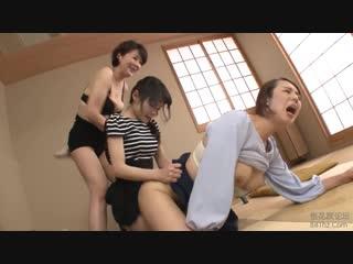 Сюрприз в виде страпона . (japanese lesbian-hd)
