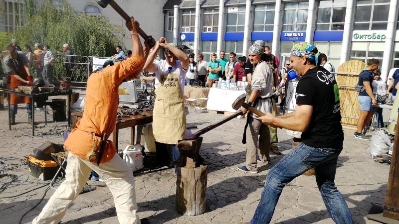 Ковка в три руки на фестивале Якорь 4