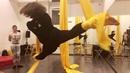 Урок Воздушная гимнастика на полотнах Aerial silks Гимнастка цирк