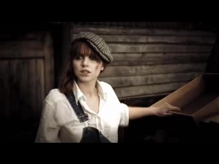 Yolanda Be Cool & DCUP — We No Speak Americano (offical video)