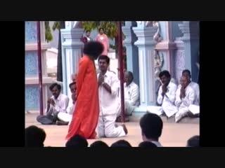 Sai Bhajan - Tharaka Naamam Bhajorey Manasa Sai Ram