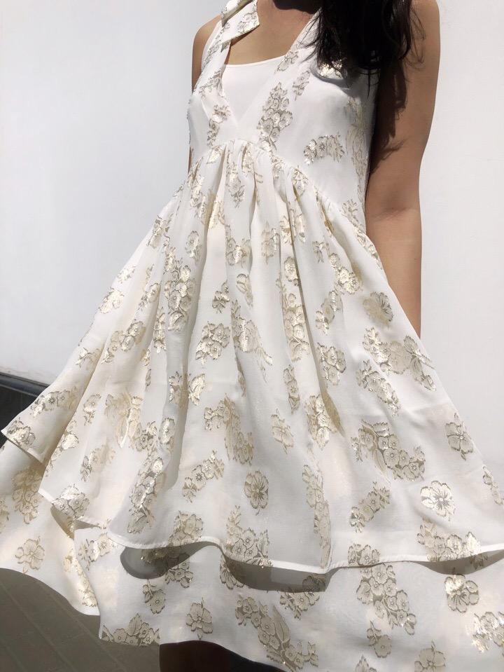 С радостью сообщаем, что у нас в ателье-бутике Star People Вас ждёт много летних платьев из натуральных материалов: шёлка, шифона, хлопка.