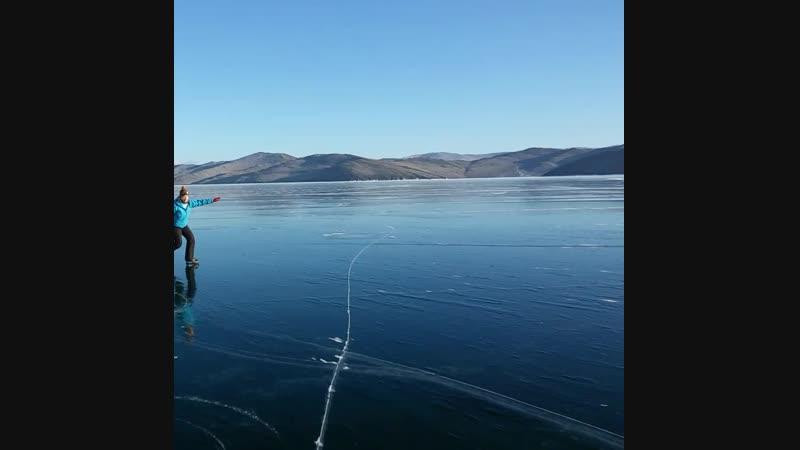 Малое море, лёд Байкала!