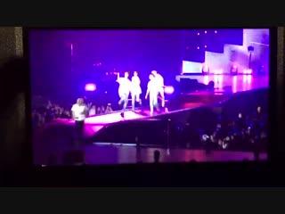 181121 LYS in Osaka | taekook and namjin doing the shoot dance!!!!