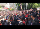 Фанаты Toronto Raptors во время чемпионского парада помогли потерявемуся мальчику