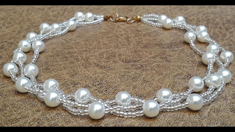 Delicado Collar de Perlas y 182