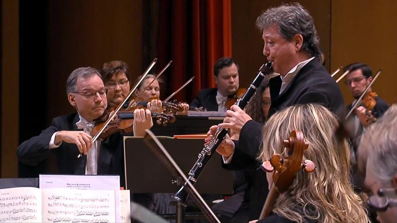 C M von Weber Concertino for clarinet and orchestra.
