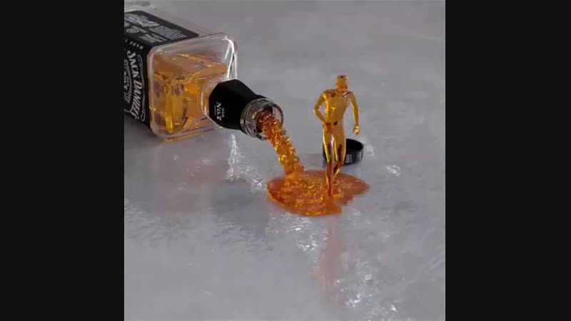 виски танцует 🎶🎛🎸🎷😊