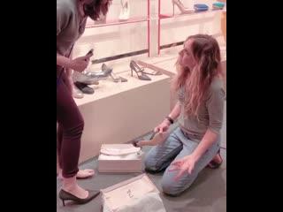 Сара Джессика в бутике SJP Collection недалеко от Вашингтона, округ Колумбия., 17 мая
