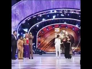 Queens 👑 Madhuri Dixit and Rani Mukherjee ❤