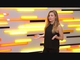 Всем привет в эфире программа «Горячий шоу биз» и я ее ведущая Виктория Зайцева