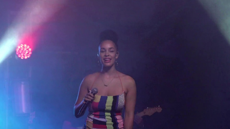 Jorja Smith – «The One» (Cosby Tent, Electric Picnic 2018)