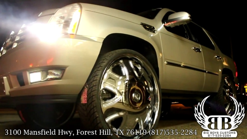 Cadillac Escalade on 32 DUB Bandito Spinners done by Big Boys Customs!