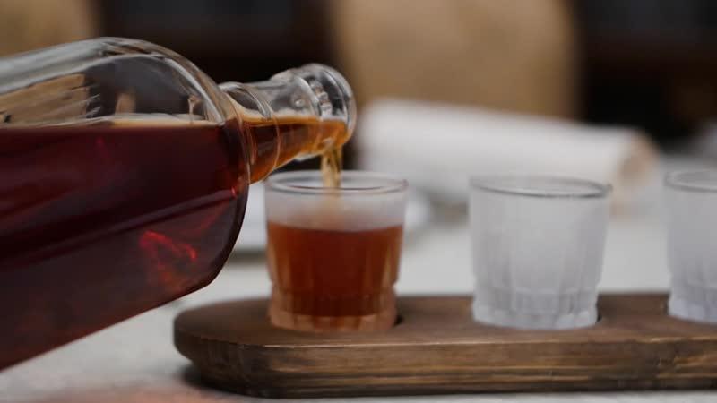Ресторан Васнецовъ l Фирменные напитки по старинным русским рецептам