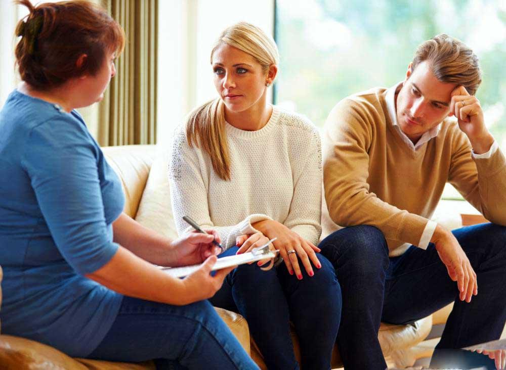 Посещение терапии может помочь работе пары через вагинизм партнерши.