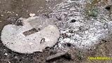 В Николаеве на улице Курортной опять фекальные реки. Запах непередаваемый
