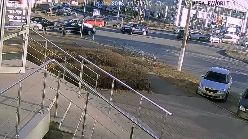 ДТП на перекрестке пр.Ленина - Советской Армии