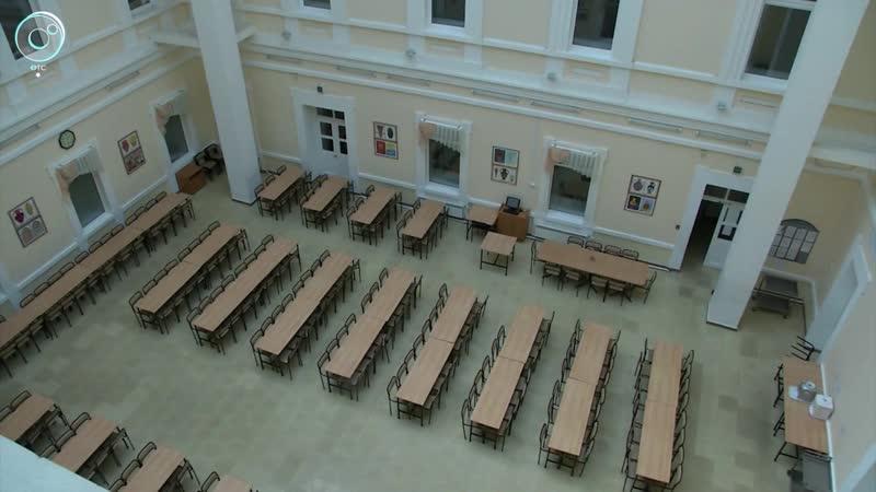 Андрей Травников посетил гимназию №9 в Екатеринбурге Что заинтересовало новосибирского губернатора в уральском образовании