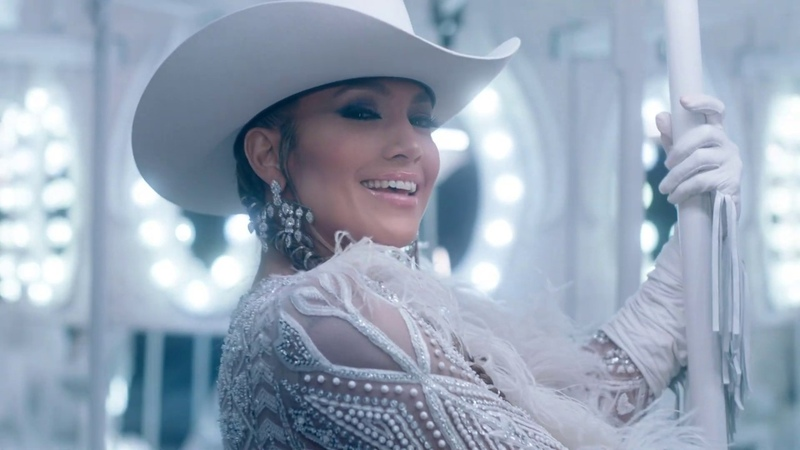 Jennifer Lopez Medicine ft. French Montana (Official Music Video)