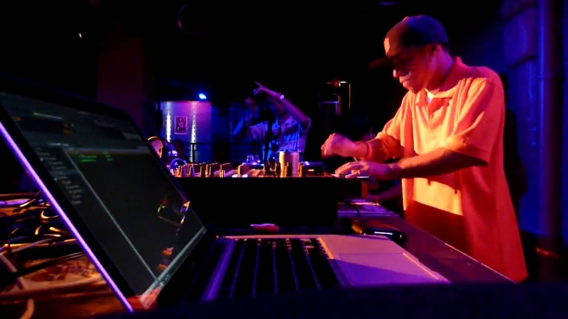 Araab Muzik killin' the MPC LIVE in Paris, France