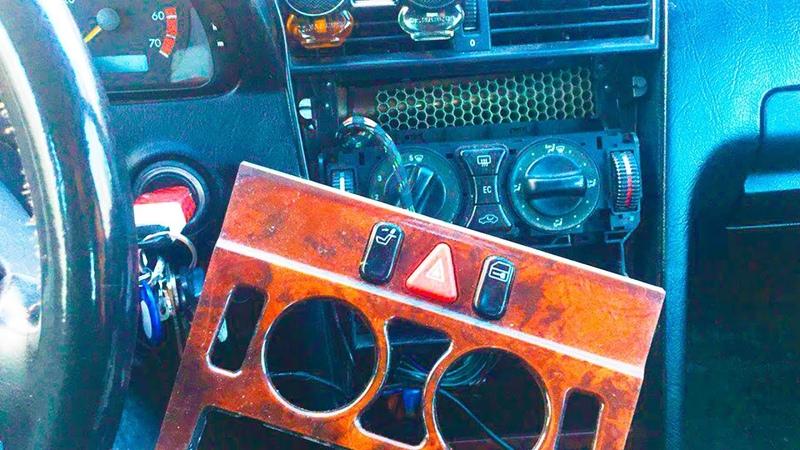 Ремонт регулятора ПЕЧКИ МЕРСЕДЕС за 5 МИНУТ! 🔨🔧 Mercedes w202 | дырявыймерс 2018 | AutoDogTV 8