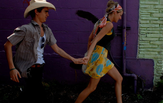 Видео к фильму «Элвис и Анабелль» (2007) Love тизер