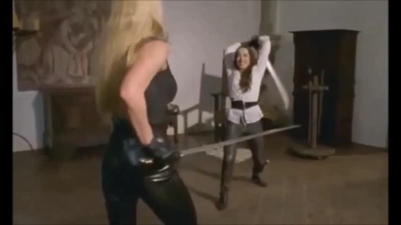 Briana Vs Shira - Бриана против Шира