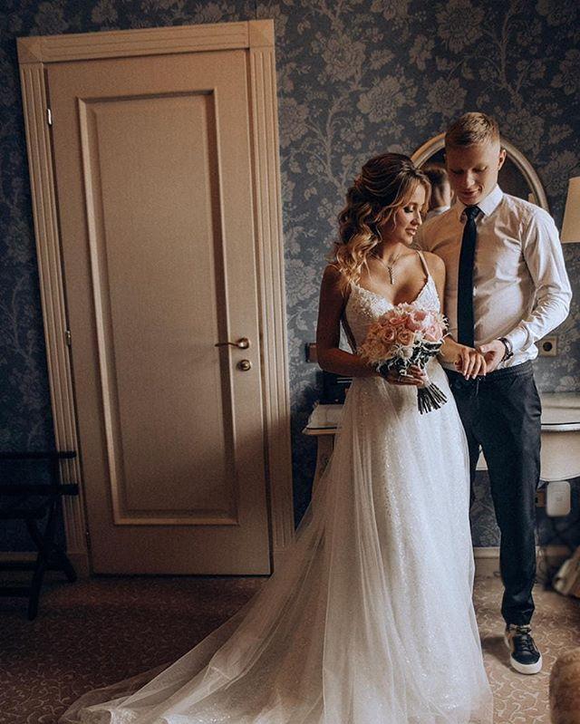 Николай Рассказов с невестой Анастасией