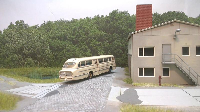 Bus Ikarus 66 H0 RC 1:87 Modell Brekina