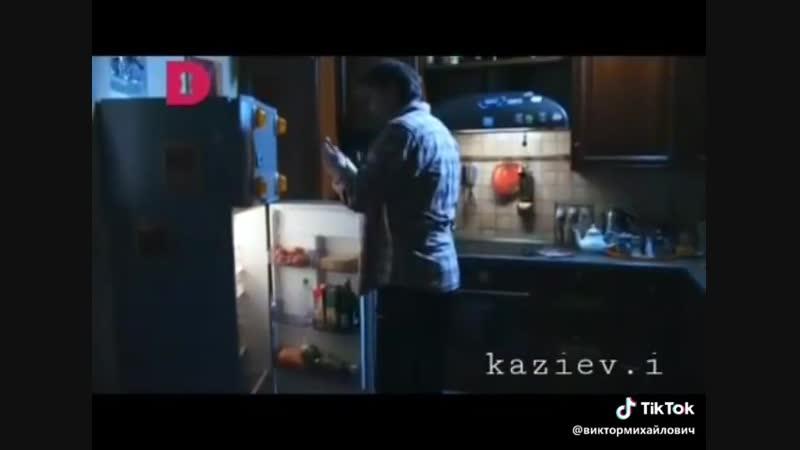 Позитивчик. Холодильник на сигнализации.😂В хозяйстве пригодится
