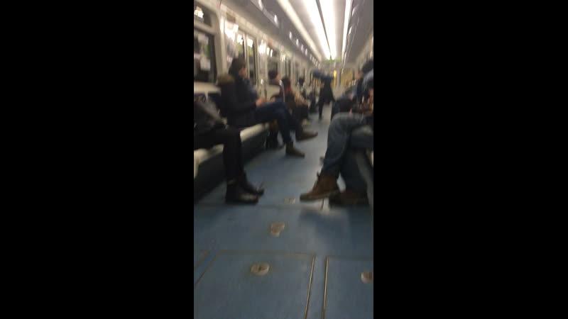 Магуайер. Человек-паук Враг в отражении. Питерское метро.