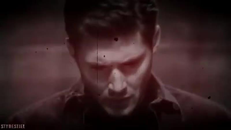 Dean Winchester DeanMon V I N E