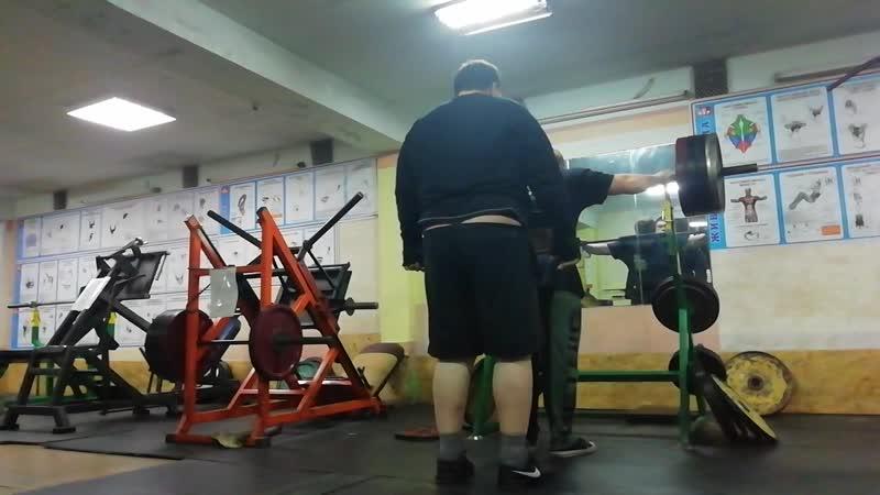 ноги 200 кг