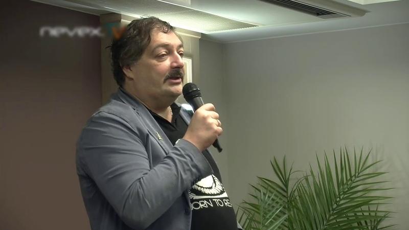 Чудесный дядя Гитлер . Ариозо Дмитрия Быкова