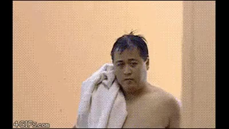 Во-первых, человек ошибочно вошел в женский туалет и хотел, чтобы его однажды подделали.