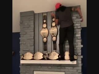 Аманда_Нуньес_ пополняет коллекцию трофеев