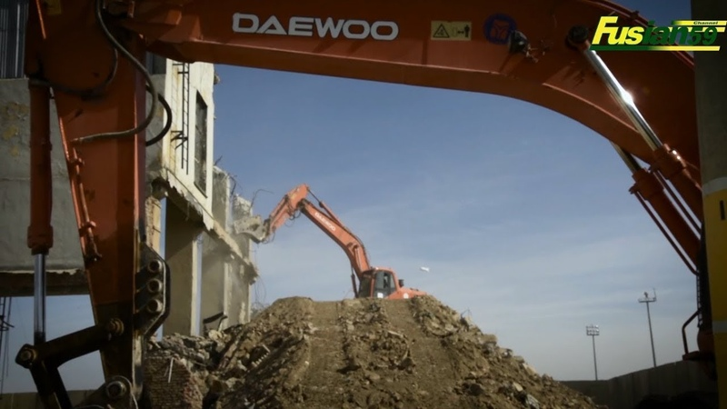 Doosan Daewoo Excavator Breaker Dismantles Airfields Bagram Hangar