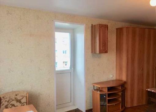 комната в кирпичном доме Комсомольская 9к1