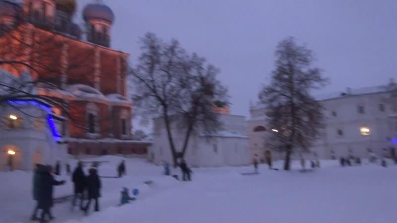 Жемчужиной города остаётся ансамбль Рязанского кремля с выдающимся по архитектуре Успенским собором (1693—1699 годов),