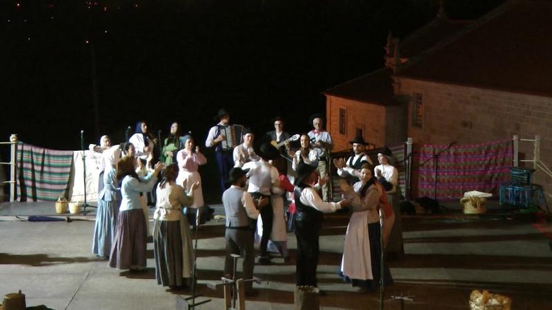 Portuguese folk dance: Ó linda linda, Abraços apertadinhos Jogo da Estravanca