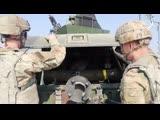 Солдаты США, в настоящее время служащие в СДК, и солдаты Северной Македонии проводят совместные учения пос боевой стрельбе.