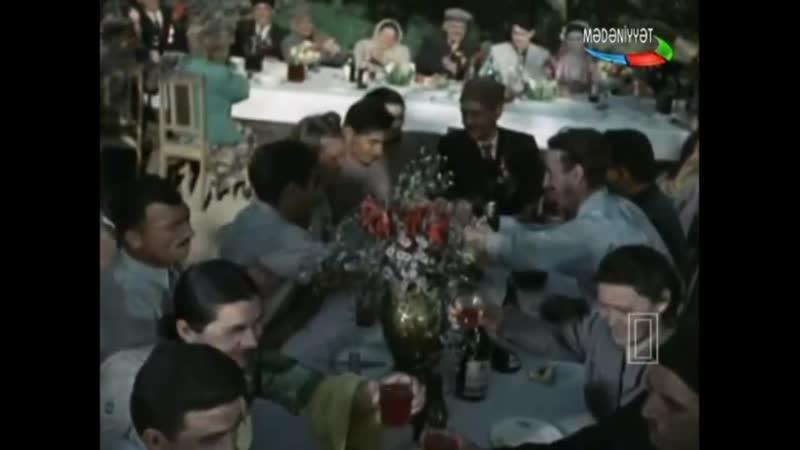 Ay Beri Bax şarkısı Doğma Xalqıma (1954) filminden