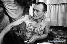 Какие порядки царили на зонах в СССР где сидели бывшие милиционеры (Часть 2) «Средние» мастиОсновную массу «сидельцев» ментовских зон составляют, так же, как и на обычных, «воровских» зонах