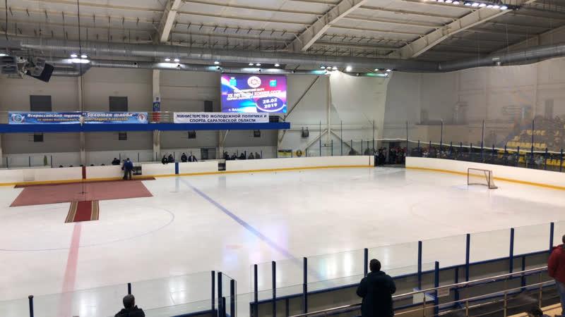 Матч Сборной Непрофессиональной хоккейной лиги Саратовской области с Легендами хоккея СССР