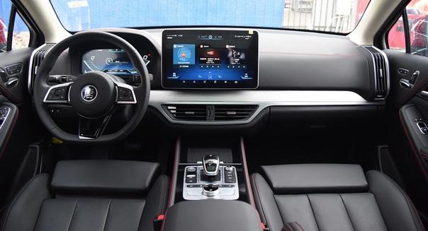 Быстрый кроссовер BYD Tang: теперь на чистой электротяге Фото: autohome.com.cn компания BYDКроссовер BYD Tang один из знаковых автомобилей для китайского автопрома. Еще в 2015 году машина