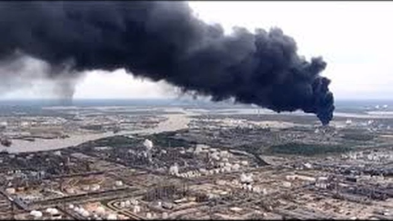 Texas chemical plant fire. Hazard of acute benzene poisoning