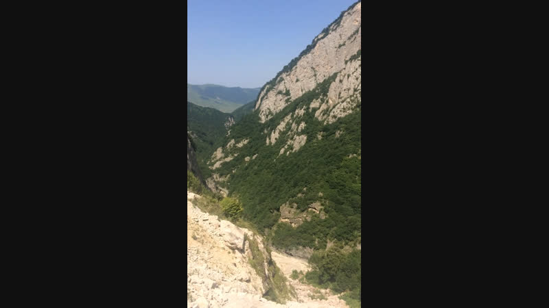 Горы в горах и горная местность😍